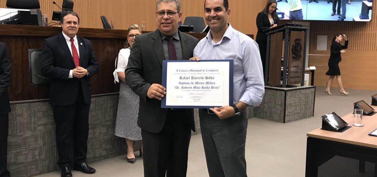 Dr. Rafael Barreto recebe homenagem na Câmara dos Vereadores de Campinas