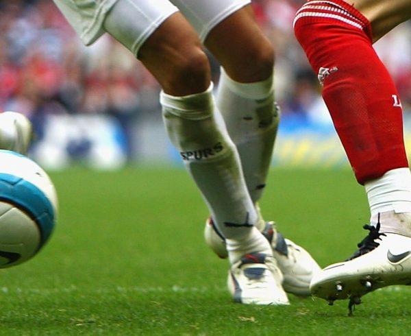 Tendinite patelar é muito comum em atletas
